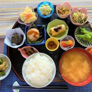 青森県平川市 安くて、美味しくて、めっちゃ多いカフェ民宿のランチ【ゆきあかりや】
