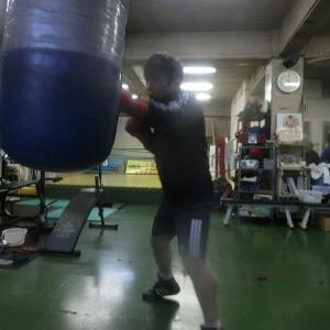 今日のボクシング (1/25・土曜日)  80分間キッチリ打ち込みだけ‼ ③ @ おやじボクサー