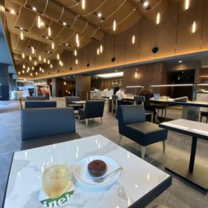 リボルバーブーズ&コーヒーのラグジュアリーラウンジアワー!ホテルメトロポリタン川崎のカフェがお得