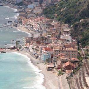 海岸の街(2010年)