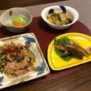 豚と干しズッキーニの炒め物・剣先オクラあん☆給食の揚げパン