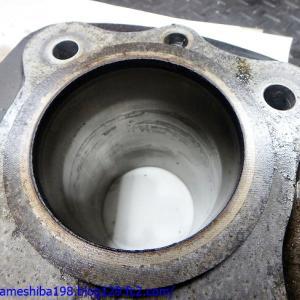 遠く秋田県よりお持ち込みのK.YさんZ1について、エンジンオーバーホール&チューニングを行う その2~シリンダーライナーの錆腐食とバルブガイドの摩耗ガタ