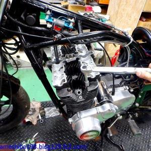 SさんのGS750エンジンオーバーホール その6~シリンダーヘッドの組み付けとバルブタイミング調整