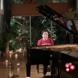 今はジャズピアニスト小曽根真さんの生配信ライブに癒される毎日です