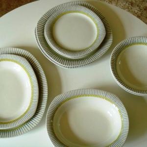 ゲフレGefle社製 PIGG ケーキ皿  2枚再入荷しました