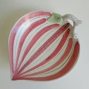 Stig Lindberg 枝付き葉っぱのファイアンス皿 桃色