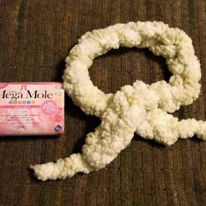 メガモール 指編みのマフラー