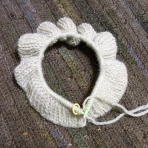 「ソノモノで編むニット・秋冬」リーフ模様のプルオーバー編み始め
