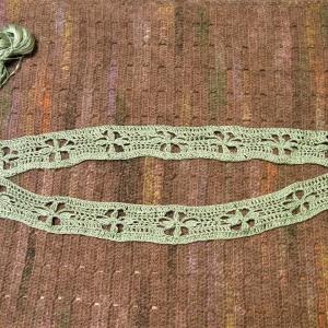 大人の手編みスタイル 花模様のプルオーバー編み始め