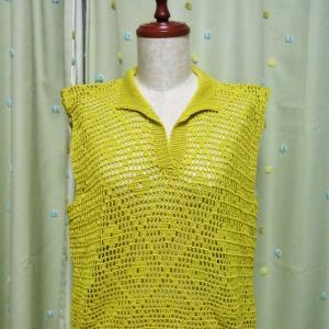 方眼編みのポロシャツセーター身頃編めました