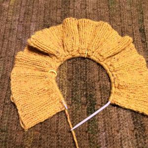 毛糸だま187michiyoさんの斜めあきカーディガン編み始め