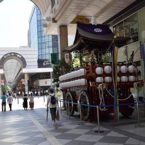 祭りの山鉾