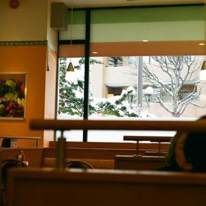 サイゼリヤの窓と確定申告書の作成