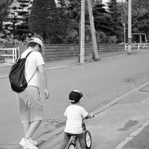 連休で子供に付き合う父親たち