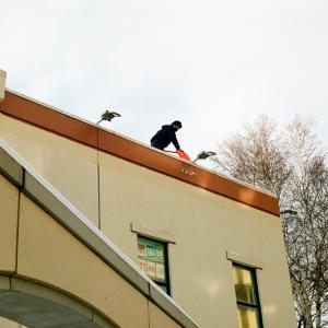屋根の雪下ろしと転落事故