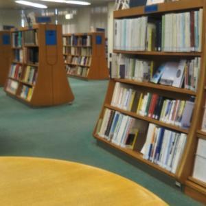図書館きました