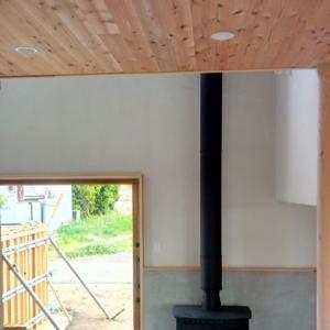 薪ストーブのある家が竣工しました。