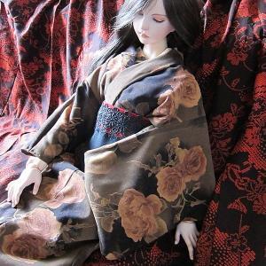 恋月姫ドール用衣装ヤフオク出品&お客様からのお写真のコーナー海外編!