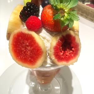 まもなくいちじくシーズン終了!東京駅「果実園」で完熟トロトロの「いちじくパフェ」