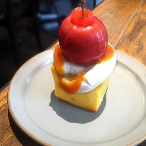 そろそろ終了!門前仲町「MONZ CAFE」で大人気・この時期限定「姫りんごのベイクドケーキ」