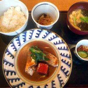 「銀座 圓(まる)」 銀座6丁目 京料理をカジュアルに楽しめる!「本日の日替わり定食・青森県産 鯖の味噌煮」