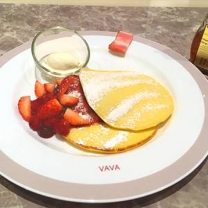 日本橋髙島屋「Cafe VAVA」 国産米粉100%グルテンフリーの「VAVAパンケーキ」