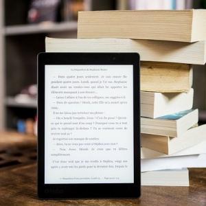 電子書籍を出版するメリットは?(紙の本を出版するときと比較すると…)