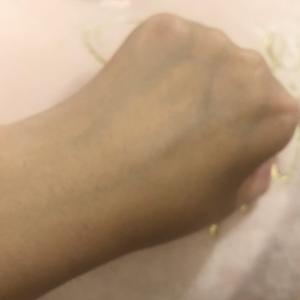 54歳の私の手の甲のシミがない理由。いつの間にか消えたシミ