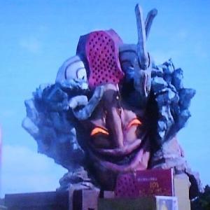 ウルトラ怪獣第18号:ウルトラマンダイナ~ガラオン