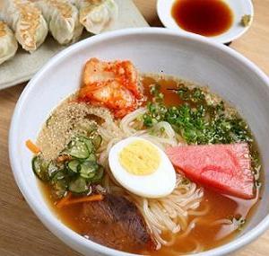 激ウマ韓国冷麺と盛岡冷麺