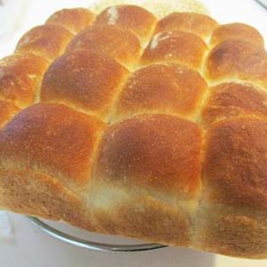 牛乳入りちぎりパン