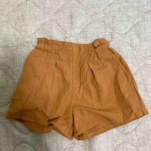 【1才女児】こっくりカラーが似合う娘に秋服を購入。NHTのかぼちゃパンツ・ノウズのプルオーバー&ワンピ・ユニクロのパジャマ。