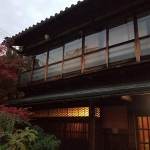 京都*きんせ旅館の喫茶室  大正ロマンな空間を満喫