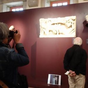 旅で見た作品を「岩波美術館」で確認中