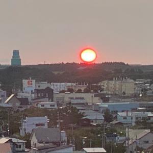 道東弾丸旅行 二日目その1 おじじの朝は早い。日の出を見た後に朝食。