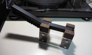 【工作】レコード用ブラシ置きを作る