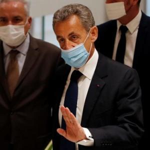 サルコジ元大統領に有罪判決