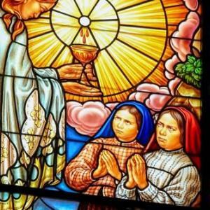 【聖体の黙想】聖体は母である