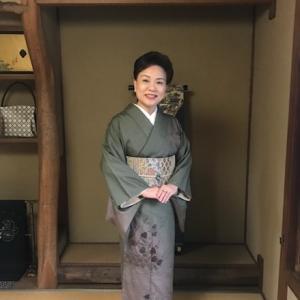高屋三佐江さんとお仲間・結城に汕頭・作家さん着物と帯。