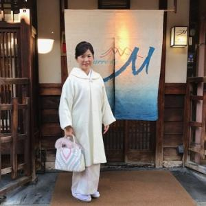 クリスマス会・久子様・御召に雪の結晶染め帯・鶴のバッグ