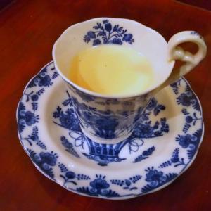 静岡 牧之原の深蒸しほうじ茶で、ほうじ茶ラテを煎れました♪
