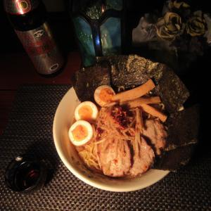 ★新潟の乗っ込み真鯛アラの真空パック、鶏ガラ、焼豚コラボスープで作る海鮮醤油 自家製焼豚麺♪