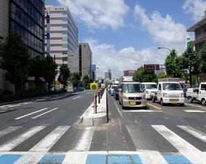 国道2号線・福山郵便局前交差点の右折レーン延伸工事及びカラー舗装工事3
