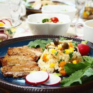 ☆ツナときのこの炊き込みピラフ&豚バラ肉の塩焼きプレート☆