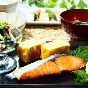 ♪焼き塩鮭&豆腐の生ハムしそロール&きゅうりとたこの酢の物♪