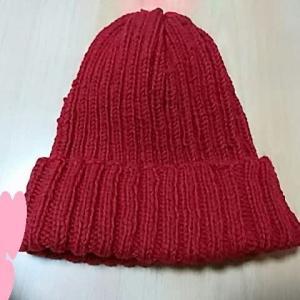 ニット小物を2つ編みました。
