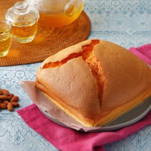 今流行の「台湾カステラ」……アーモンドミルクでヘルシーに♪(レシピあり)