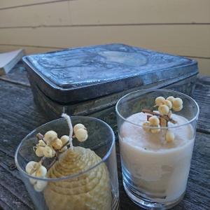 ユーチューブ動画〜蜜蝋のかけらを再利用して木芯のキャンドル作り