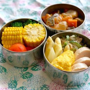 夏野菜おかずの三段弁当