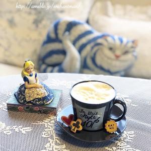 クリームコーヒーと今日の手仕事と猫散歩